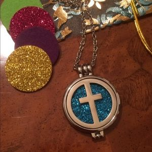 Cross EO Diffuser necklace Aromatherapy silver